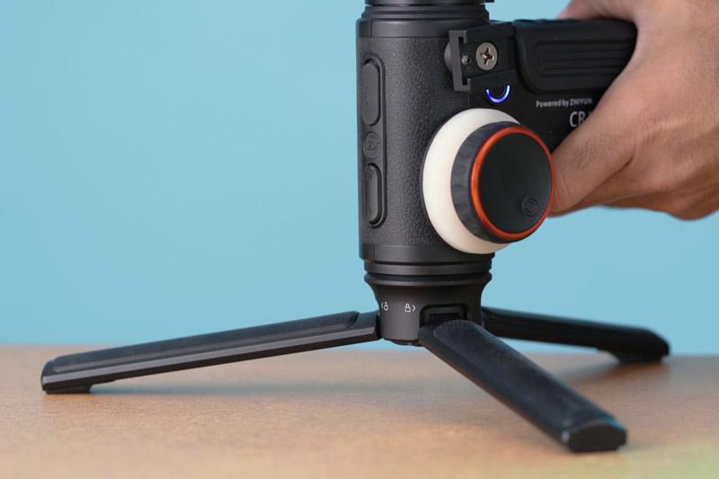 רגלית של גימבל שמצלם וידאו תדמית